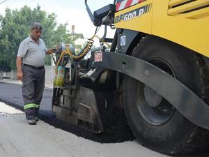 Meram Belediyesi'nin asfalt çalışmaları sürüyor