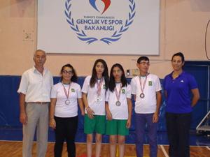 Ereğli badminton takımı ilçenin gururu oldu