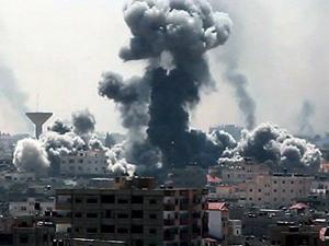 İsrail Gazzeyi yeniden bombalamaya başladı