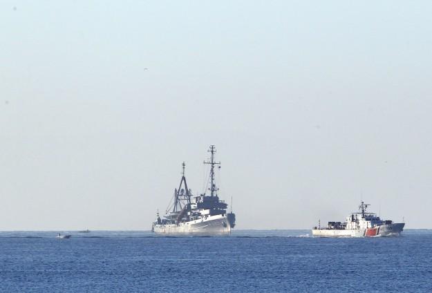 Kayıp 5 kişi 2 geminin yardımıyla aranıyor
