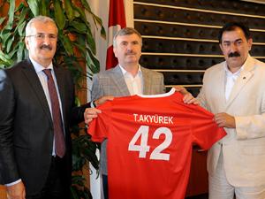 Spor camiasından Başkan Akyürek'e teşekkür