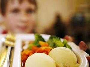 Okulların yemek ücretleri dudak uçuklatıyor