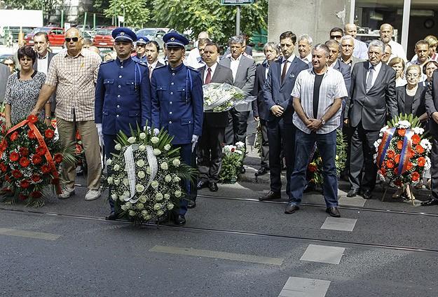 Saraybosnada pazar yeri kurbanları anıldı