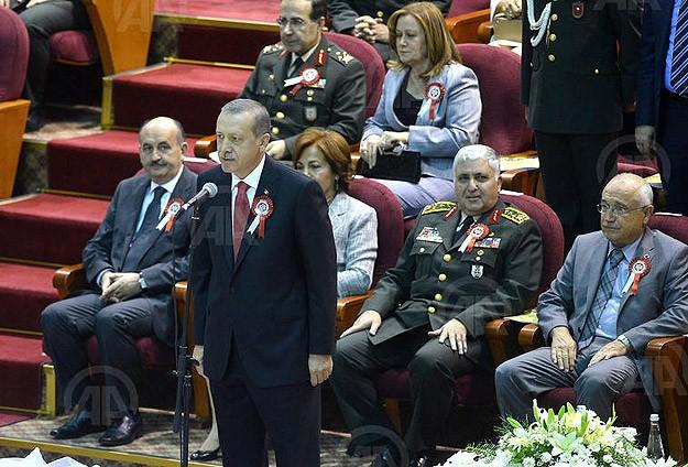GATA birincisine diplomasını Erdoğan verdi