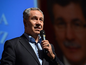 Davutoğlu başbakanlığı fazlasıyla hak ediyor