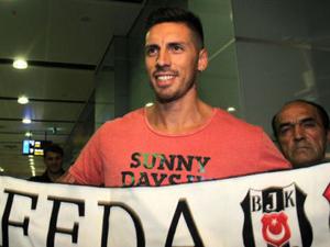 Ve yeni transfer İstanbula geldi!
