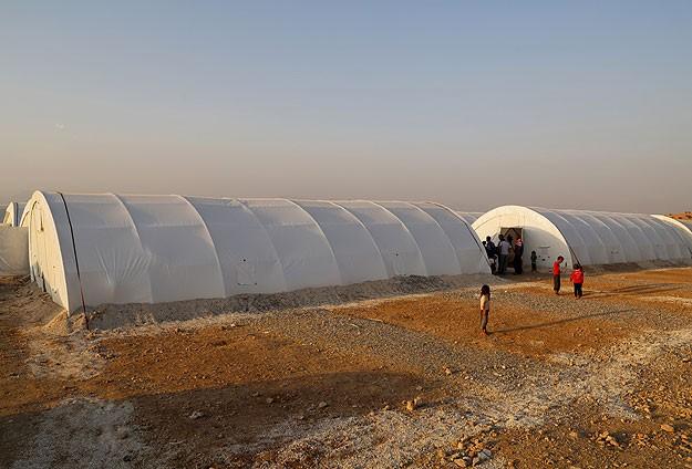 Türkiyeye sığınan Yezidiler için çadır kuruluyor
