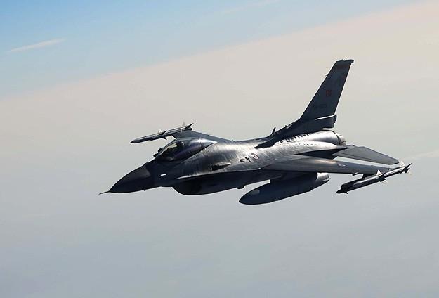 Türk F-16larına Suriye ve Yunanistandan taciz