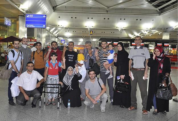 Tedavi edilen Gazzeliler ülkelerine dönüyor
