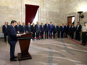62. Hükümetten Anıtkabire ziyaret