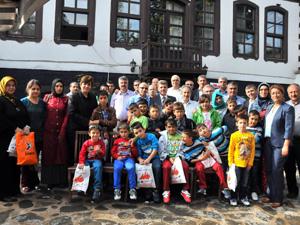 Başkan Akkaya sevgi evleri çocuklarıyla buluştu