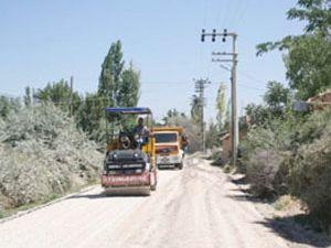 Konya da 9 köy yolunda asfalt çalışması