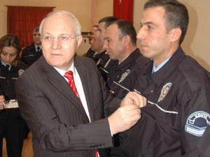 Konyada 50 polise altın!