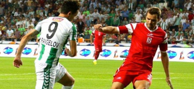 Konyaspordan tarihi galibiyet! 2-0