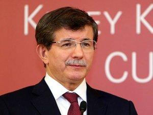 Başbakan Davutoğlu KKTCyi ziyaret edecek