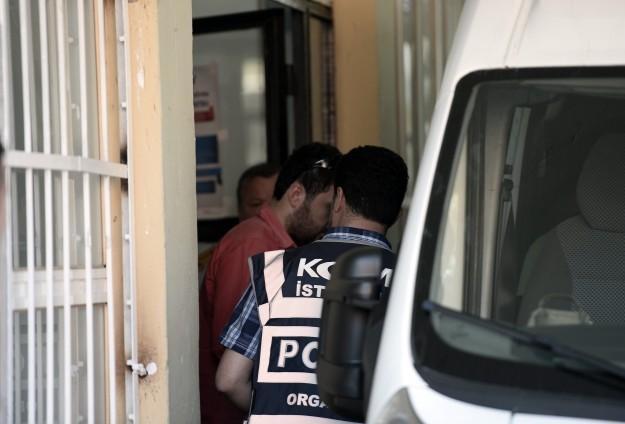 Taltifçi 14 polis adliyeye sevk edildi