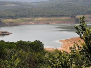 Kuraklık barajlarda su seviyesini azalttı