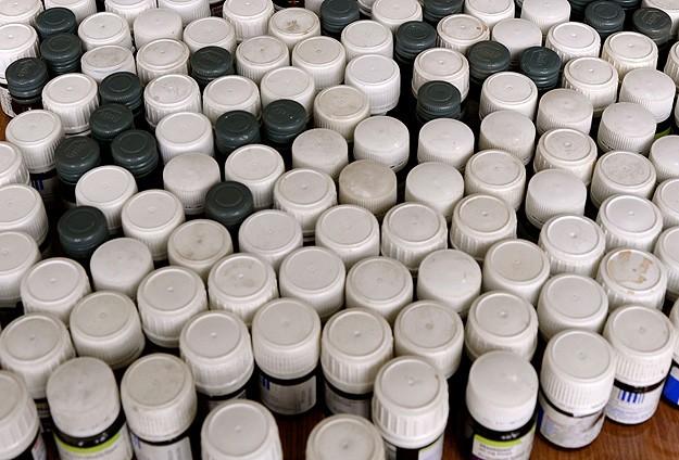 İlaç satıcılarından akıl almaz taktikler