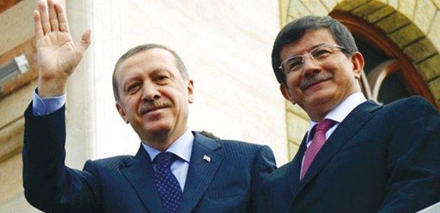 Erdoğan ve Davutoğlundan büyük Türkiye turu