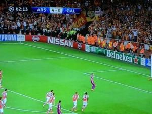 Arsenal-G.Saray maçında D-Smart kurnazlığı