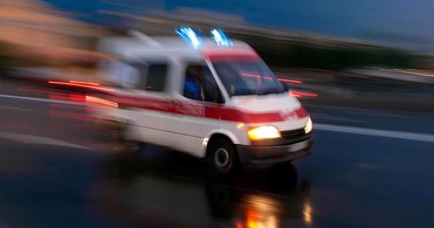 Otomobil tarlaya devrildi: 6 yaralı