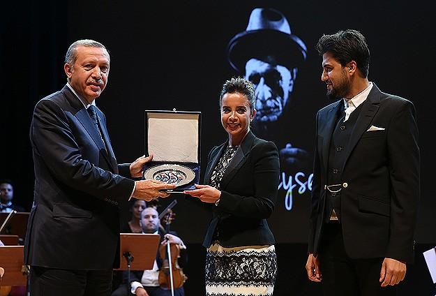 Erdoğan Ustaya Saygı gala konserini izledi