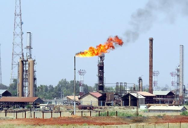 Suudi Arabistan petrol fiyatlarıyla İranı vuruyor