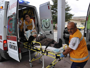 Konya'da araçlar kafa kafaya çarpıştı: 8 yaralı