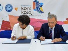İzmir sanayiye kalifiye eleman yetiştirecek