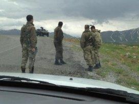 Askeri ambulans devrildi: 4 yaralı