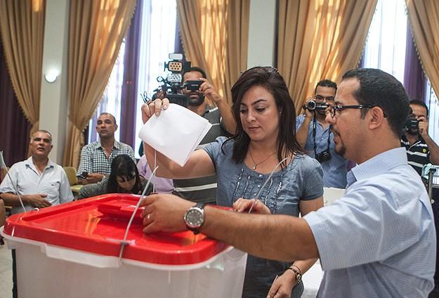 Yurtdışındaki Tunuslular oy kullanmaya başladı