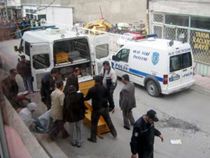 Konyada esrarengiz cinayet: 2 ölü