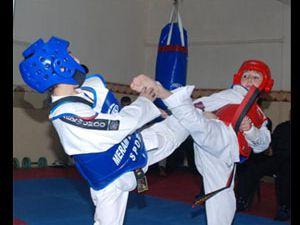 Beyşehirli minik tekvandocular Türkiye Şampiyonu