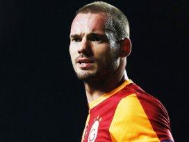 Sneijderden şok sözler! Melo engelledi