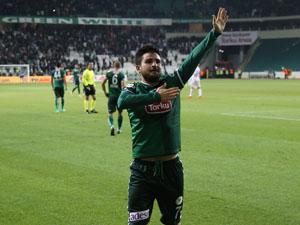 Torku Konyaspor 90da 3 puanı söktü aldı!