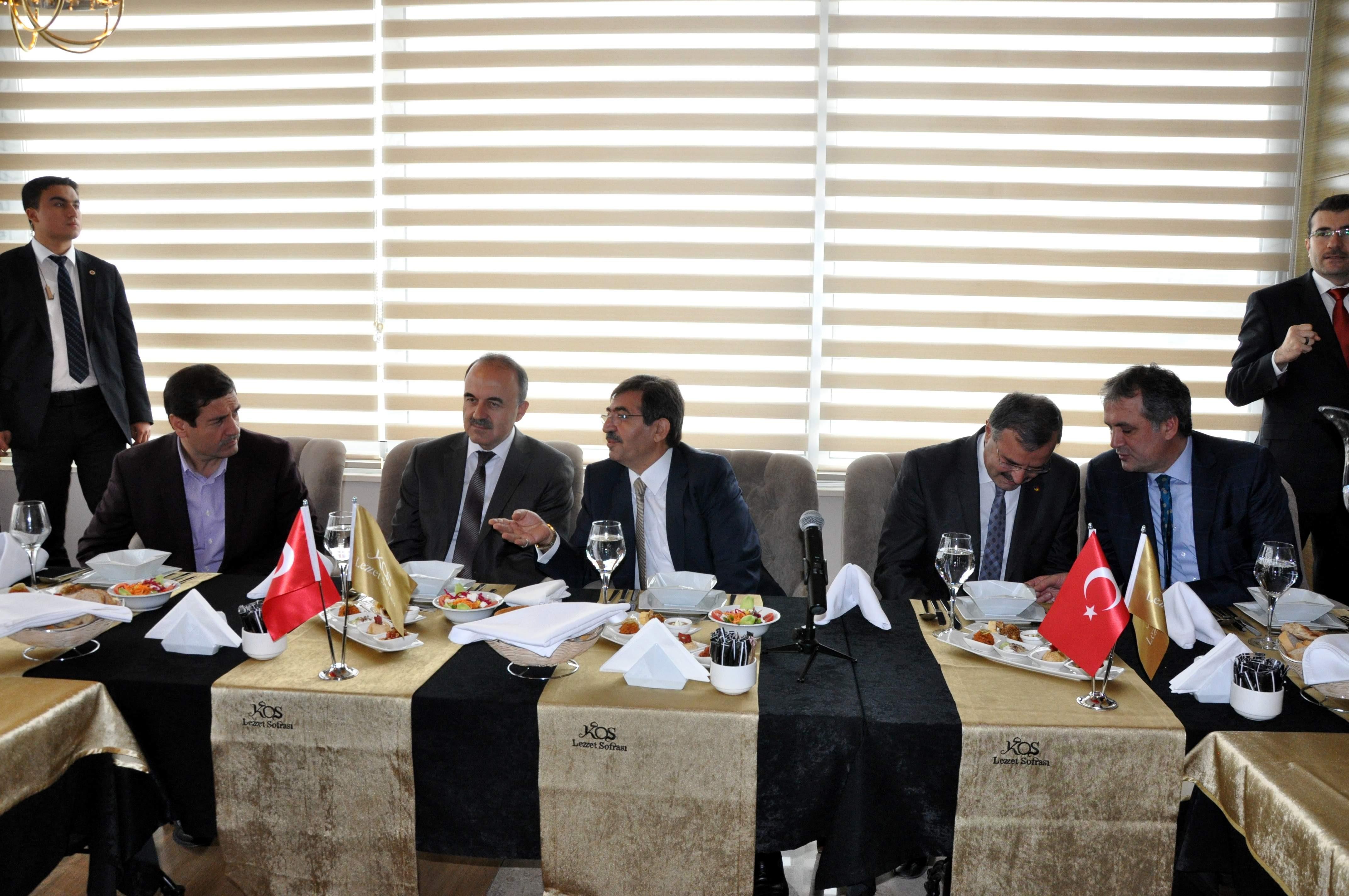 Çevre ve Şehircilik Bakanı Güllüce Konyada