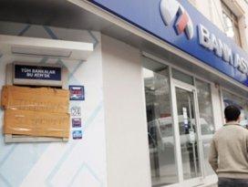 Bank Asya taşındık deyip şubeyi kapattı
