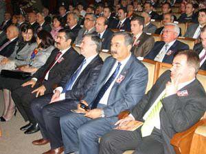 Konya protokolü Mehmet Akif için buluştu