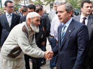 Abdüllatif Şenerin Başbakandan isteği