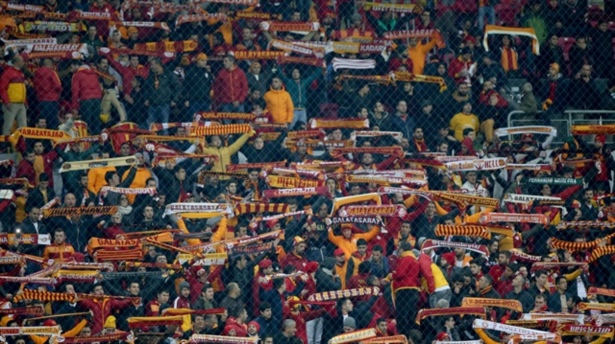 Galatasaray taraftarından örnek davranış
