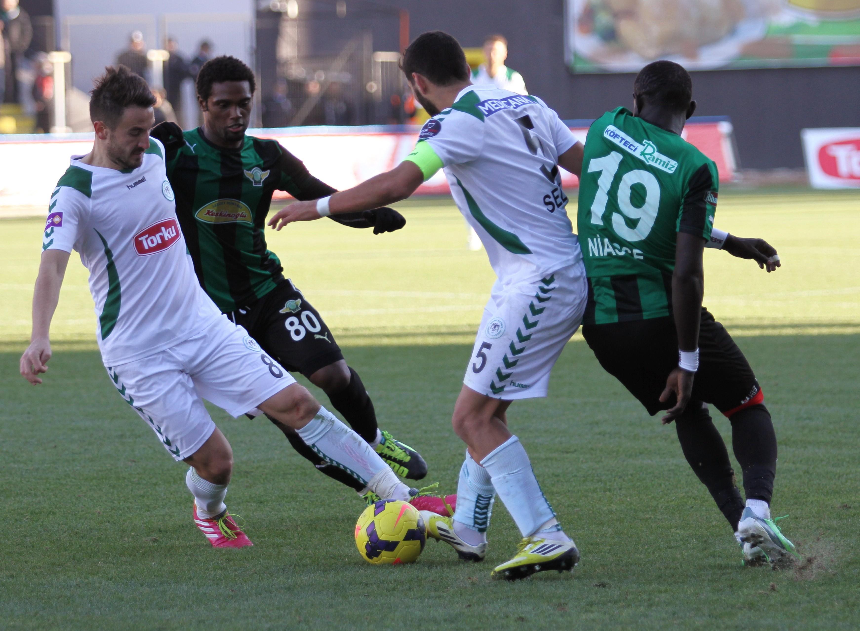 Torku Konyaspor deplasmanda 1 puan aldı