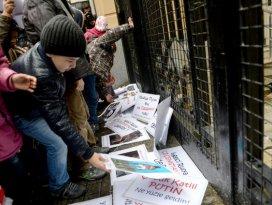 Kafkasya kökenli çocuklardan Putine protesto