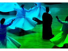 Uluslararası bir düğün: Şeb-i Arus