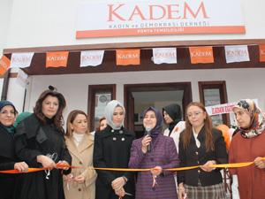 Sare Davutoğlu Konya KADEM binasını açtı