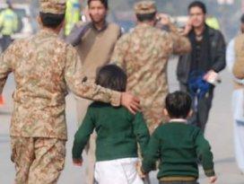 Talibandan kanlı okul saldırısına kınama