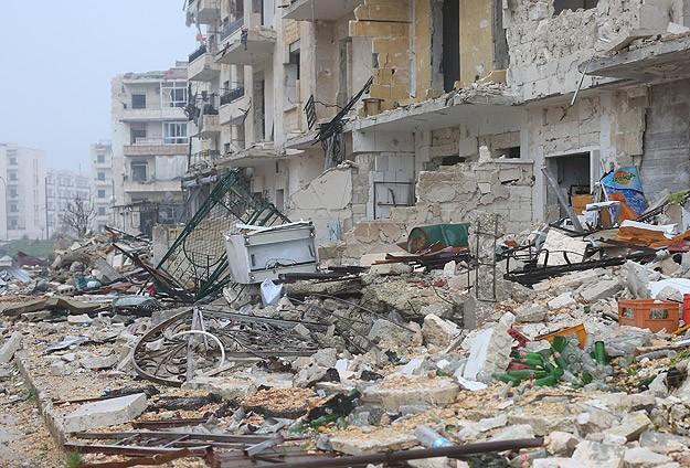 Halepte hava saldırısı: 23 ölü