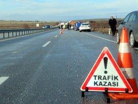 Trafik kazaları can almaya devam ediyor