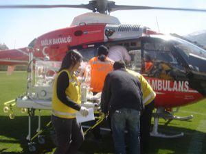 Bebeğin imdadına hava ambulansı yetişti