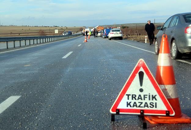 Adanada trafik kazası: 4 ölü, 5 yaralı