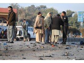 Afganistanda roketli saldırı: 20 ölü